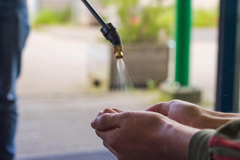 Desinfectie rugzak om handen en materialen te desinfecteren
